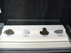 Meteorite-excibition-in-Swidnica-Museum-2012-d
