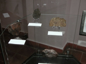 meteorite-exhibition-in-mineralogical-museum-2012