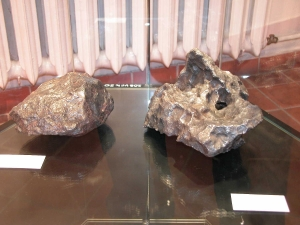 meteorite-exhibition-in-mineralogical-museum-2015