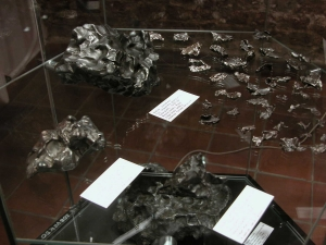 meteorite-exhibition-in-mineralogical-museum-2017