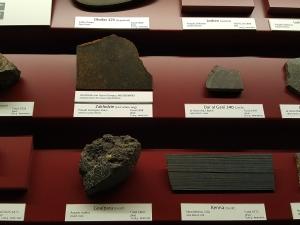 zaklodzie-enstatite-achondrite-ungr-vienna-naturhistorisches-museum-photo-dr-ludovic-ferriere-2
